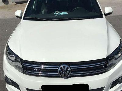 gebraucht VW Tiguan Tiguan2,0 TDI SCR 4Motion Sky / R-LINE SUV / Geländewagen
