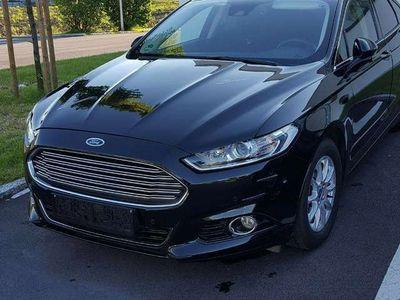 gebraucht Ford Mondeo Titanium 2,0 TDCi Start/Stop