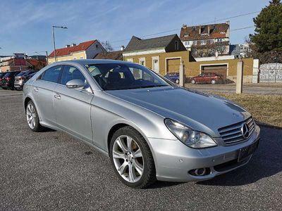gebraucht Mercedes CLS320 CLS-KlasseCDI Aut. * LEDER * NAVI * KEYLESS * LUFTFAHRWERK * FINANZIERUNG * Sportwagen / Coupé