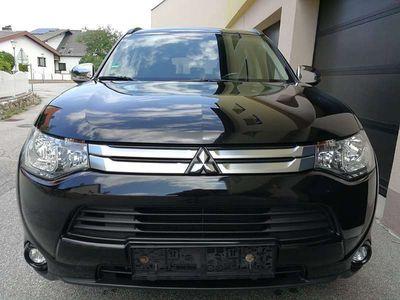 brugt Mitsubishi Outlander 2,2 DI-D AS&G Intense SUV / Geländewagen,