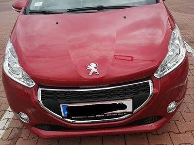 gebraucht Peugeot 208 1.2 80 ps Klein-/ Kompaktwagen