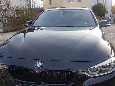 gebraucht BMW 318 3er-Reihe d M Sport Aut. Limousine