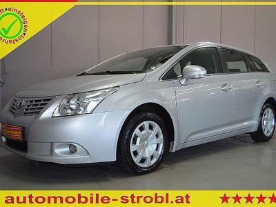 brugt Toyota Avensis 2,0 D4-D Comfort/Multif./2-Zonen Klimat... Kombi / Family Van,