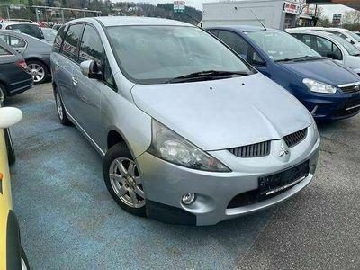 gebraucht Mitsubishi Grandis Intense 2,0 L DI-D Kombi / Family Van