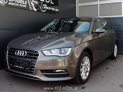 used Audi A3 Sportback 1,8 TFSI Attraction S-tronic Limousine,