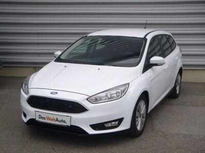 gebraucht Ford Focus Traveller 1,5 TDCi Trend PowerShift