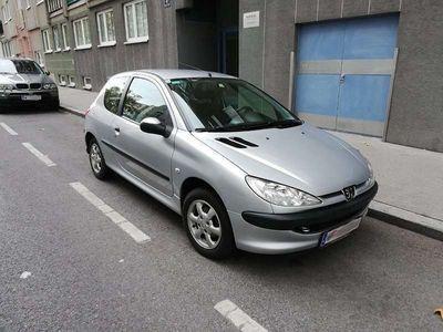 gebraucht Peugeot 206 1.4 3T Klein-/ Kompaktwagen