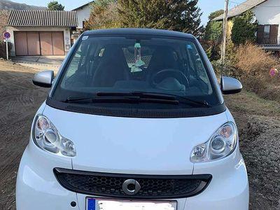 gebraucht Smart ForTwo Coupé Lederausstattung - Navi - Sitzheizung - Bluetooth Klein-/ Kompaktwagen