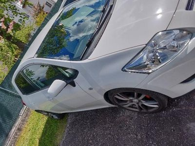 used Toyota Auris 1,4 D-4D 90 High