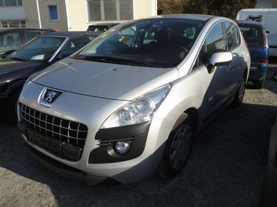 gebraucht Peugeot 3008 1,6 16V VTi Active Kombi / Family Van