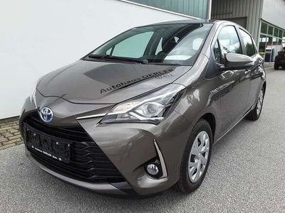 gebraucht Toyota Yaris 1,5 VVT-i Hybrid Active Limousine