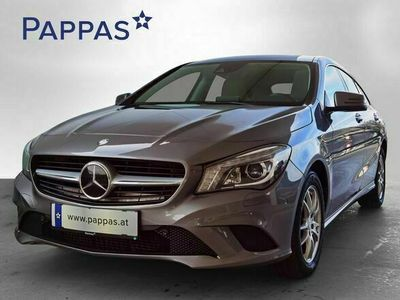 gebraucht Mercedes CLA200 Shooting Brake CLA-Klasse d 4MATIC Aut. Kombi / Family Van