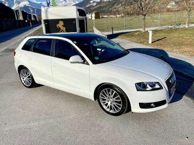 gebraucht Audi A3 Sportback Ambition 1,6 TDI DPF