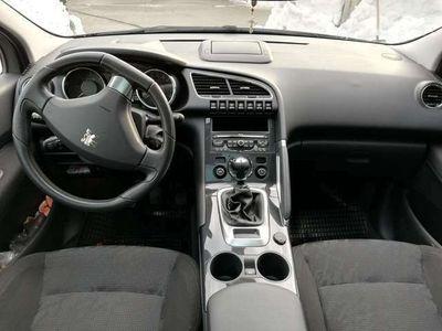 gebraucht Peugeot 3008 1,6 HDi 110 FAP Active Pro