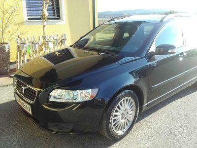 gebraucht Volvo V50 Momentum 2.0D Kombi / Family Van,