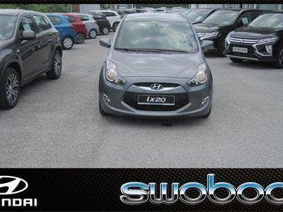 gebraucht Hyundai ix20 1,4 CVVT Europe Kombi / Family Van,