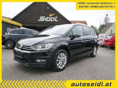 gebraucht VW Touran Comfortline 1,6 SCR TDI *7-SITZE+NAVI*