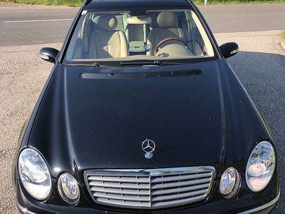 gebraucht Mercedes E500 E-Klasse(S211) 4Matic T-Modell Kombi / Family Van