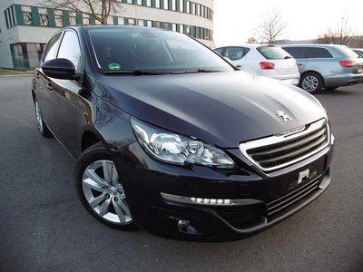 gebraucht Peugeot 308 1,6 BlueHDI 120 GT Euro6,NAVI,PANO.,netto 7100,e