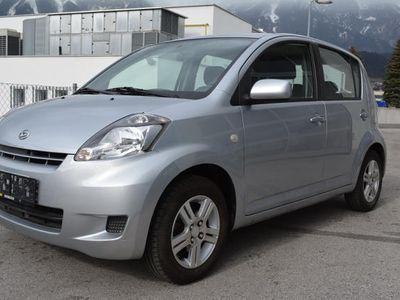 gebraucht Daihatsu Sirion 1,3 Top