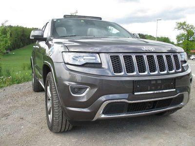 gebraucht Jeep Grand Cherokee 3,0 V6 CRD Overland SUV / Geländewagen