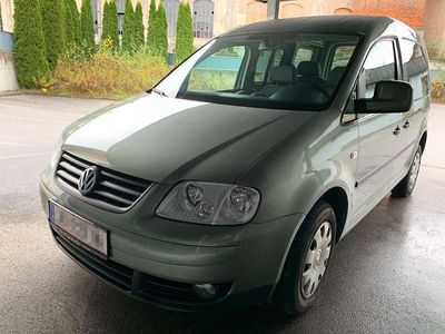 gebraucht VW Caddy Life Family 1,9 TDI D-PF 4MOTION