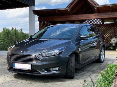 gebraucht Ford Focus Traveller 1,0 EcoBoost Titanium Kombi / Family Van
