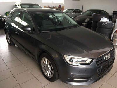 gebraucht Audi A3 Sportback quattro Attraction 2,0 TDI - Topzustand - Euro 6 Limousine
