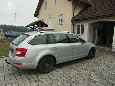 gebraucht Skoda Octavia Kombi / Family Van