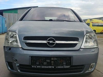 gebraucht Opel Meriva 1,4 16V Cosmo Kombi / Family Van