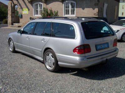 gebraucht Mercedes E320 E-KlasseAvantgarde CDI Aut. - AMG - Ausstellung... Kombi / Family Van