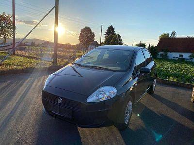 gebraucht Fiat Grande Punto 1,2 Actual Klein-/ Kompaktwagen