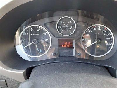 gebraucht Peugeot Partner Outdoor HDI 90 Kombi / Family Van