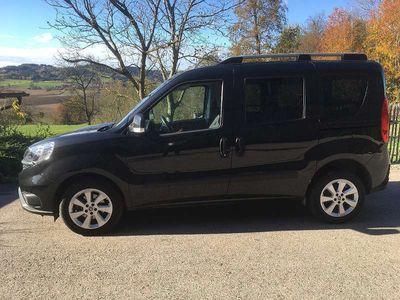 gebraucht Fiat Doblò Doblo 1,6 MultiJet 95 Lounge Start&Stop Kombi / Family Van