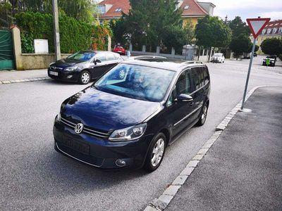 gebraucht VW Touran Erdgas Benzin DSG- Automatik 7-Sitzer Kombi / Family Van