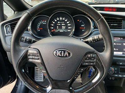 gebraucht Kia cee'd GT LINIE/1,0 /TGDI/MT6/120 Sportwagen / Coupé