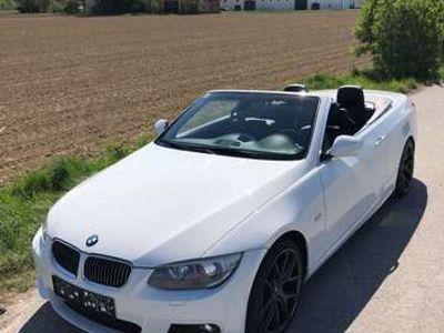 gebraucht BMW 330 Cabriolet 3er-Reihe Cabrio (E93) Österreich-Paket