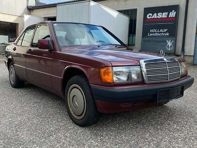 gebraucht Mercedes 190 1,8 Benzin Sonderedition Rosso Limousine