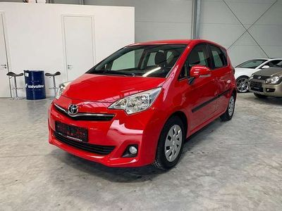gebraucht Toyota Verso-S 1,33 dVVT-i Lounge *PICKERL NEU, TOP AUSSTATTUNG*