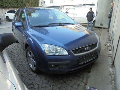 gebraucht Ford Focus Focus2,0ddci titanium mit neuem pickerl Klein-/ Kompaktwagen