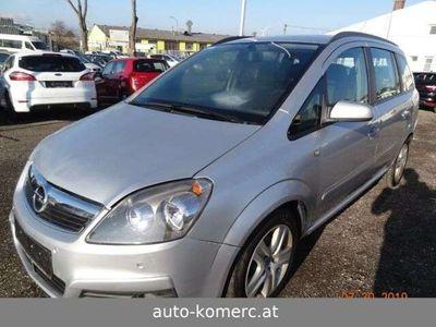 gebraucht Opel Zafira 1.9 CDTI Edition 74kW