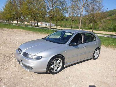 gebraucht Seat Leon 4 1,9 TDI 150Ps ARL PD Cupra Allrad Pickerl Neu