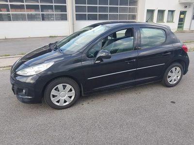 gebraucht Peugeot 207 Active 1,4 16V VTi