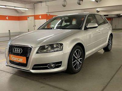 gebraucht Audi A3 Sportback Select 1,6 TDI DPF