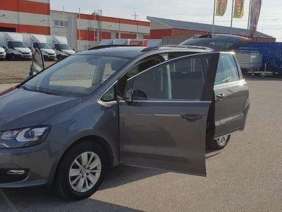 gebraucht VW Sharan Business TDI SCR DSG Kombi / Family Van