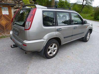 gebraucht Nissan X-Trail 2,2l T30 Kombilimousine Allrad SUV / Geländewagen,