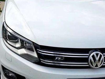 gebraucht VW Tiguan 2,0 TDI Sport & Style / R-Line Paket SUV / Geländewagen