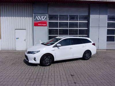 used Toyota Auris TS 1,8 VVT-i Hybrid Active Kombi / Family Van,