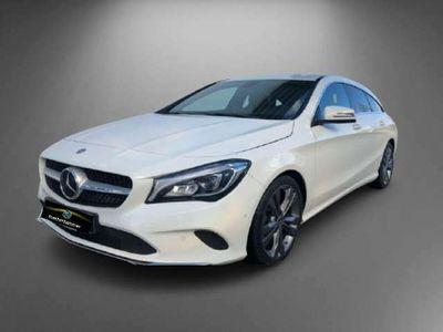 gebraucht Mercedes CLA200 d SH Aut./Urban/LED/Navi/Sitzheizung/AHK