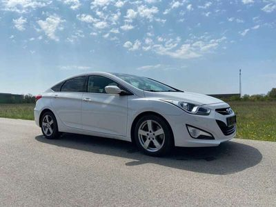 gebraucht Hyundai i40 1,7 CRDi Premium